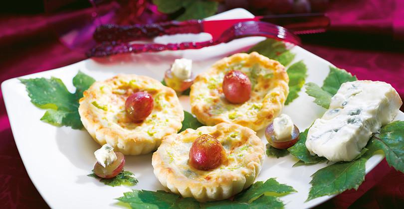 Crostatine Uva e Gorgonzola